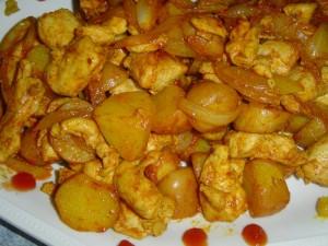 פרגיות מוקפצות עם תפוחי אדמה ובטטה בטעם מתקתק