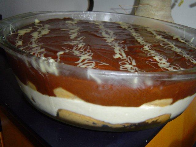d7a9d797d795d7a8 d79cd791d79f - עוגת וניל קרה בפירורי שוקולד בציפוי שוקולד