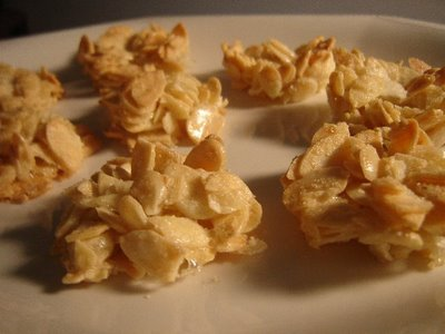 עוגיות שקדיות יפהפיות-עוגיות 7 הדקות