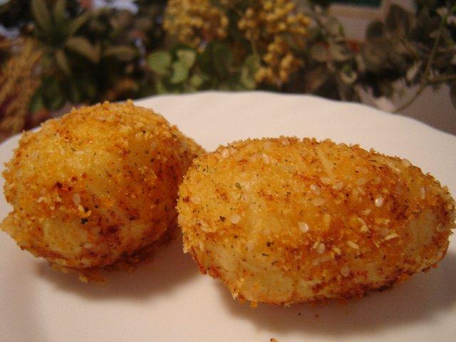 תפוחי אדמה מחורצים מפולפלים - במיקרו