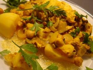 נתחי עוף בלימון חומוס ופטריות