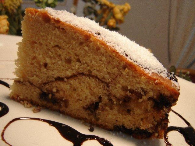 עוגת קפוצ'ינו מייפל ושוקולדצ'יפס לבן