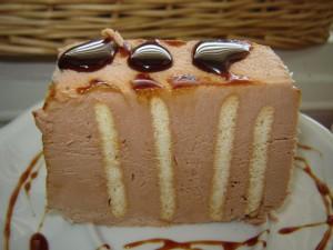 עוגת גלידה קסטה שוקולד לוז