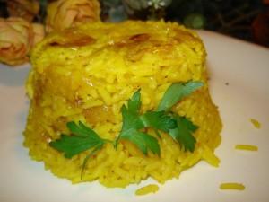 אורז צהוב עם אופציות לשידרוג