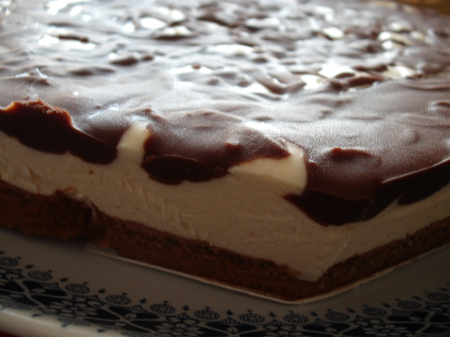 DSCF1449 - עוגת קרמבו מרציפן שוקולד- גם לפסח