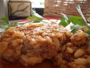 קציצות אורז בנגיעות בשר