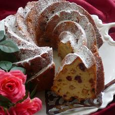 עוגת תפוחים גבינה ופירות יבשים