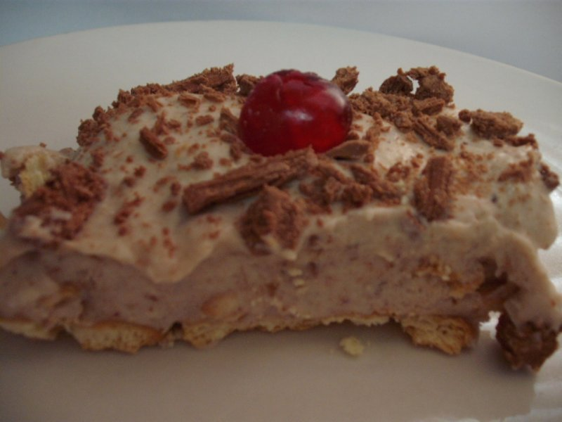 dscf5520 800x600 - עוגת ביסקוויטים גבינה ודבש