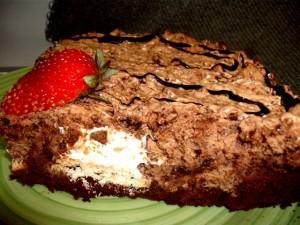 dscf7076 300x225 - עוגת מוס אגוזים וקרמבו