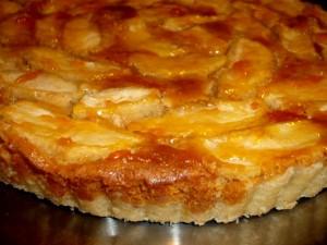 טארט תפוחים קרם שקדים ודבש