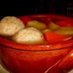 מרק עוף עם קניידלך
