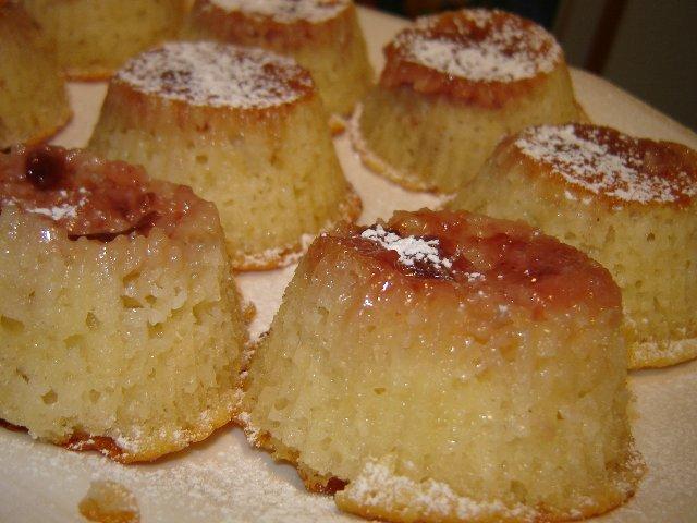 ריבה הפוכים - עוגות מיני גבינה ודבש
