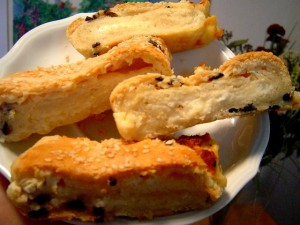 כרוכיות גבינות בבצק זיתים