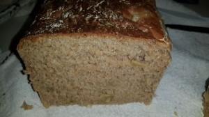 לחם אגוזים קלאסי