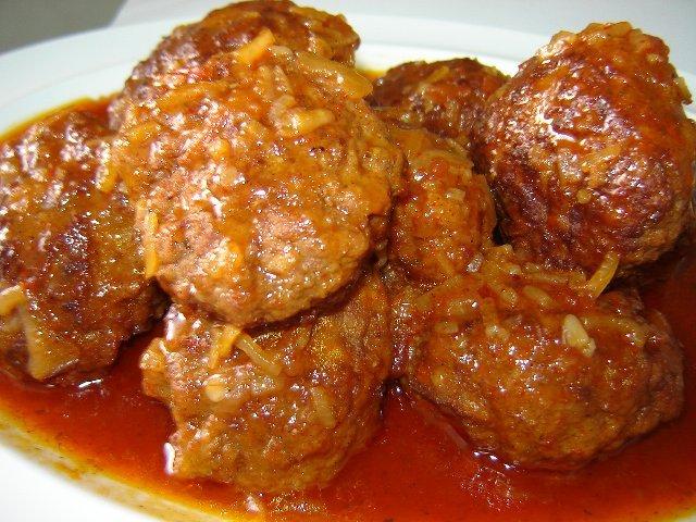 Jחמוץ מתוק סופי קורנפלור - כדורי בקר ברוטב אדום