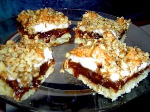 עוגיות ריבה עם ציפוי מרנג קוקוס