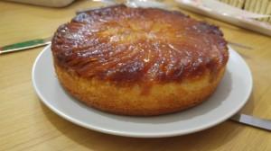 עוגת תפוחים וקלבדוס